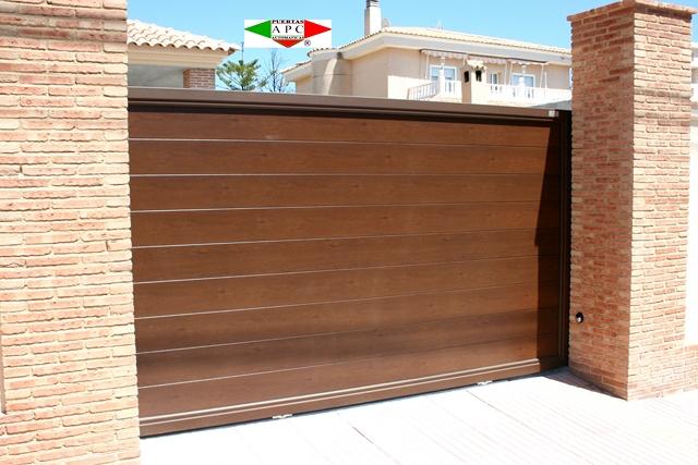 Puertas autom ticas residenciales apc puertas - Convertir puerta en corredera ...